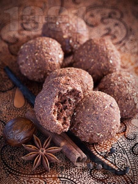 Лесни коледни сладки с канела и какао - снимка на рецептата